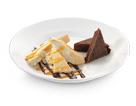 Comprar Brownie con pirámide de caramelo y coco