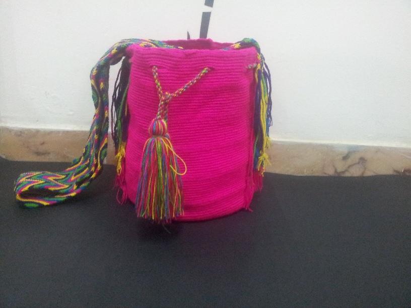 Comprar Artesanías wayuu bolsos y mochilas wayuu