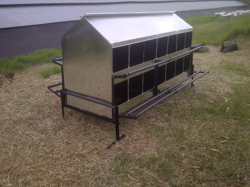 Buy Machines and the equipment for poultry farming
