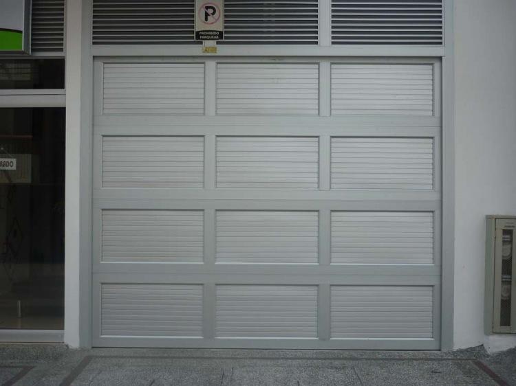Comprar Puerta Garaje