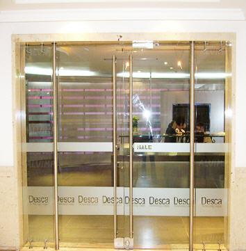 puertas de cristal para oficinas