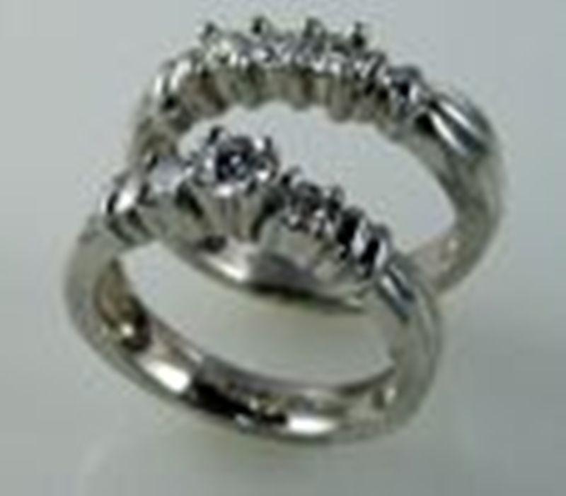 Comprar Anillo diamante central