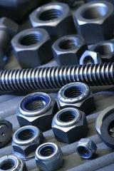 Espárragos en aceros al carbono