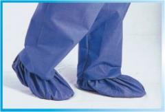 Foot-wear for physicians and food industry workers