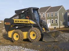 Minicargadora New Holland L185