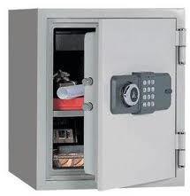 Safes, fire-proof