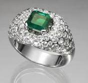 Artículos de joyería con esmeraldas