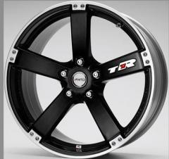 Rines para neumáticos de automóviles