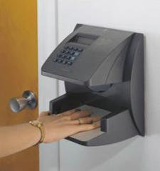 Sistemas de control de horas de trabajo biométricos