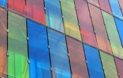 Vidrios de color pintados en masa