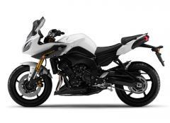 Moto Yamaha Fazer 8