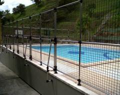 Cerramientos para piscinas y otros fabricados con