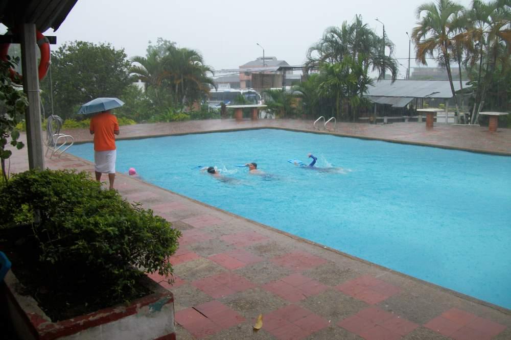 儿童游泳馆服务