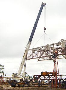 Pedido Servicio de grúas telescópicas e hidráulicas con capacidad desde 20 a 120 tn, todoterreno y sobre camión para izajes y manipulación de carga