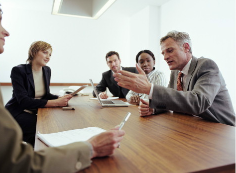 Pedido Asesorar al sector empresarial, en temas relacionados con Salud Ocupacional y seguridad Industria