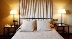 Habitaciones en el hotel: cuartos individuales de una habitación
