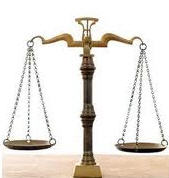 Servicios de traduccion con participacion de juristas profesionales