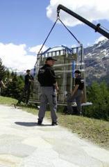 Montaje de equipo de seguridad tecnogenica