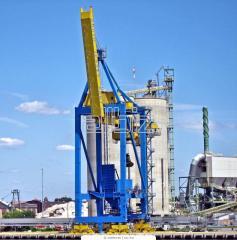 Montaje de maquinaria portuaria